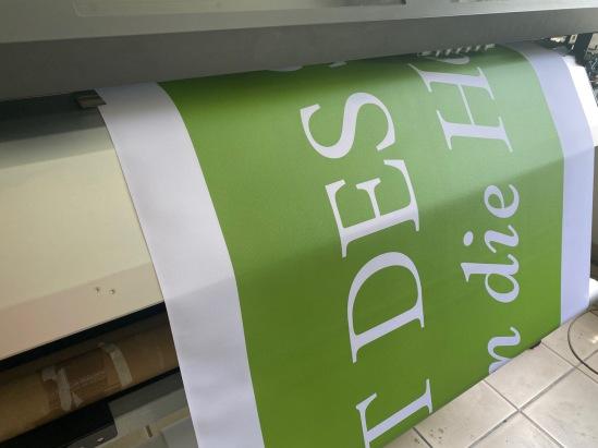 Stickerei - Kleidung besticken lassen in Karlsruhe